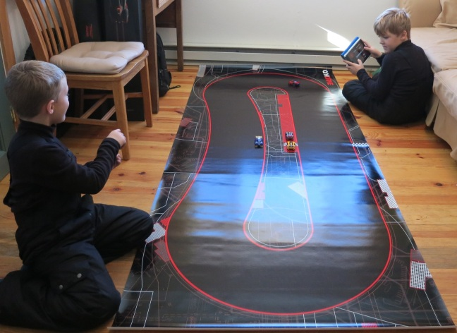 Interactive Toys - Anki Drive - racing for all ages